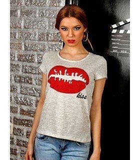 Camiseta KISS com Fio Brilhante