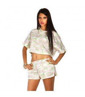 Conjunto Camiseta e Short com Estampa de Camuflagem