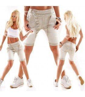 Calça Jeans Curto Com Botões e Zíper