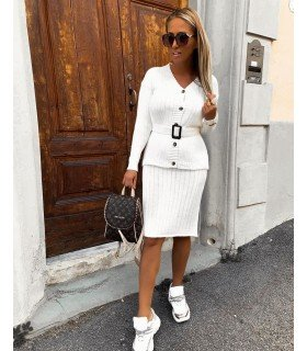 Set Skirt And Jersey With A Belt