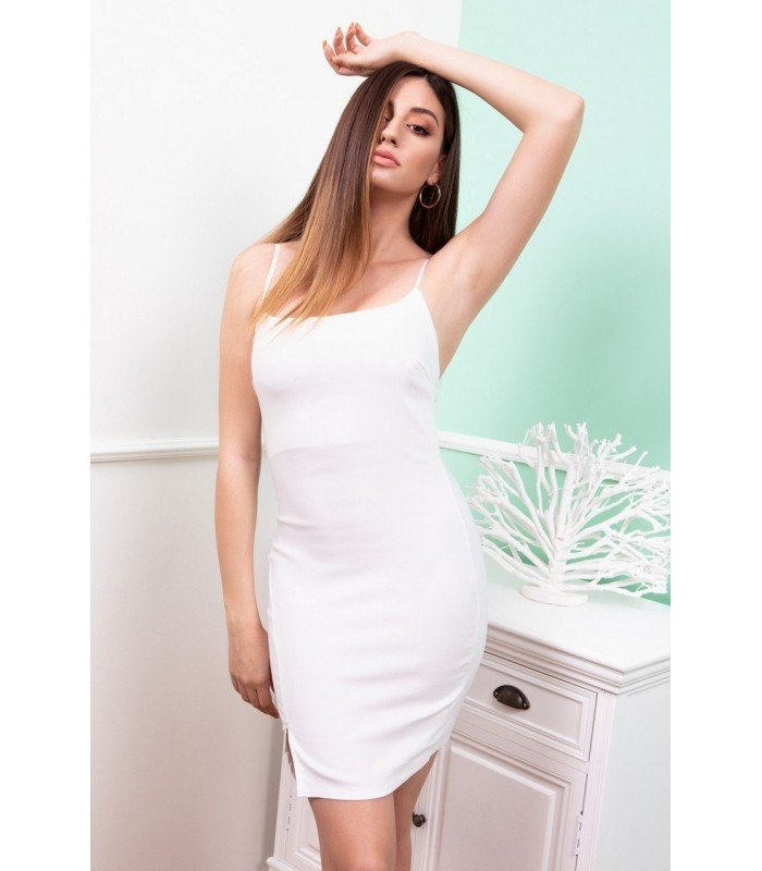 Short dress Neckline with Opening in the Skirt
